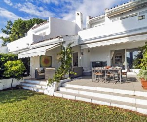 House   Marbella 15 persons - comunal pool p1
