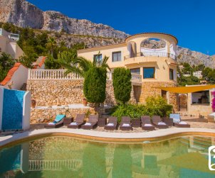 House   Calpe 8 persons - private pool, air conditioning and sea view p1