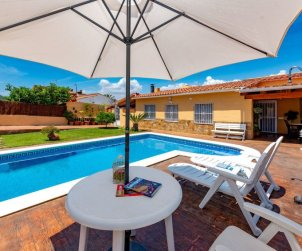 House   El Vendrell 4 persons - private pool p0