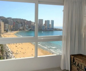 Flat   Benidorm 6 persons - panoramic to the sea p1