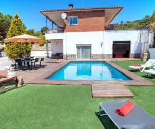 House   Lloret del Mar 12 persons - private pool p0