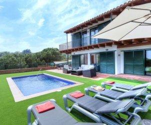 House   Lloret del Mar 8 persons - private pool p0