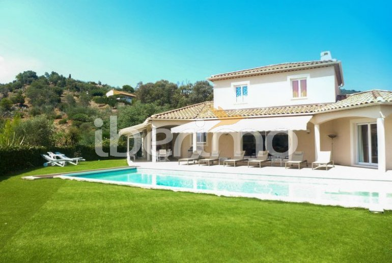 House   Bormes Les Mimosas 8 persons - private pool p1