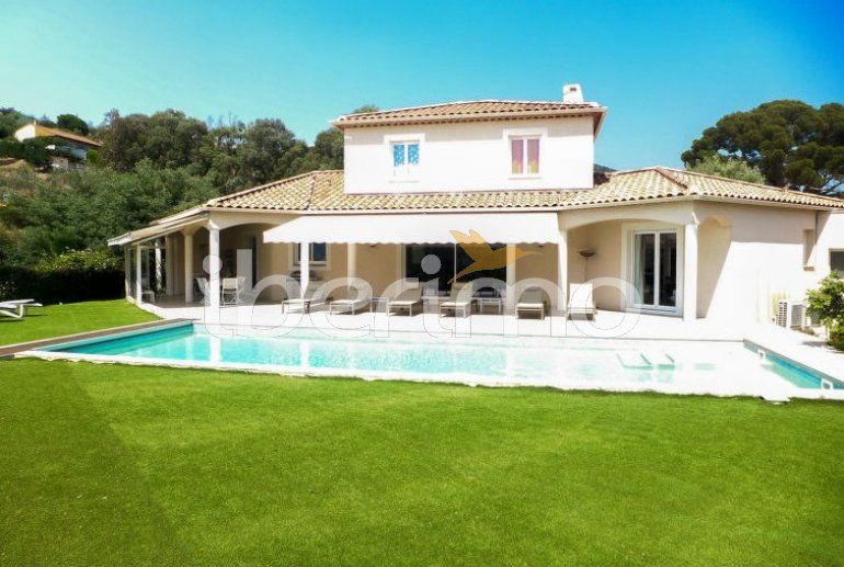 House   Bormes Les Mimosas 8 persons - private pool p4