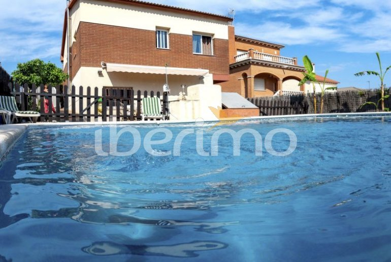 House   El Vendrell 9 persons - private pool p1