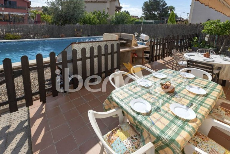 House   El Vendrell 9 persons - private pool p4