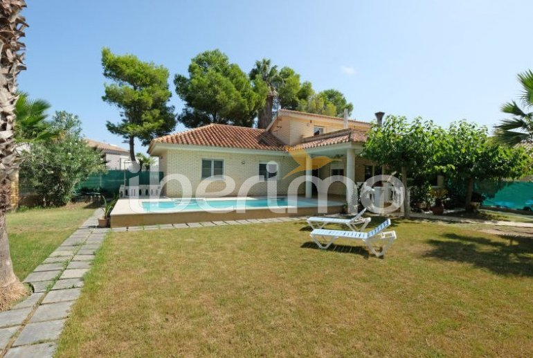 House   Deltebre  -  Riumar 8 persons - private pool p6