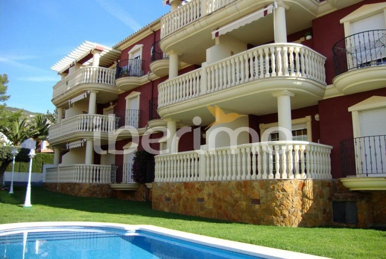 Flat  in Alcoceber  for 6 persons with shared pool, air conditioning and parking  p1