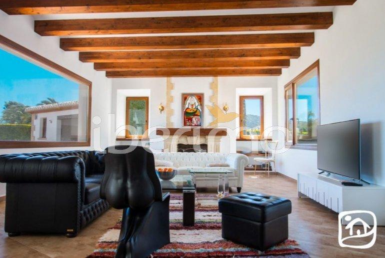 Villa  en Javea  para 9 personas con piscina privada, aire acondicionado e internet  p21