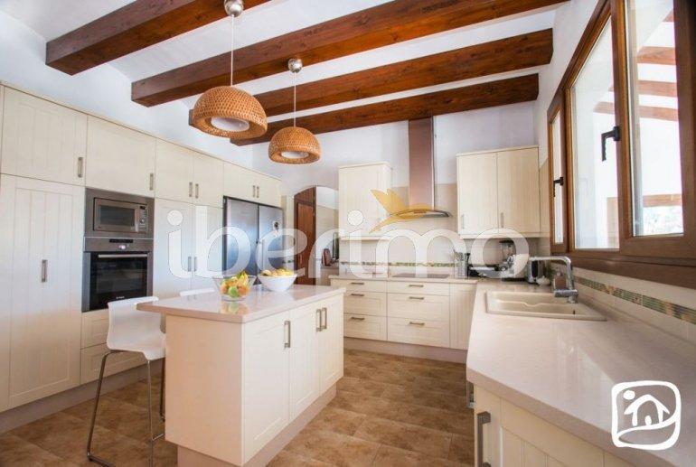 Villa  en Javea  para 9 personas con piscina privada, aire acondicionado e internet  p24