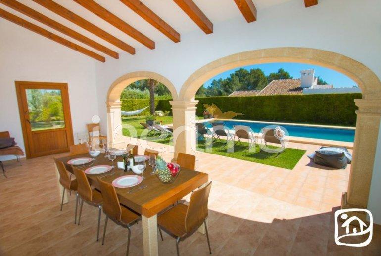 Villa  en Javea  para 9 personas con piscina privada, aire acondicionado e internet  p9