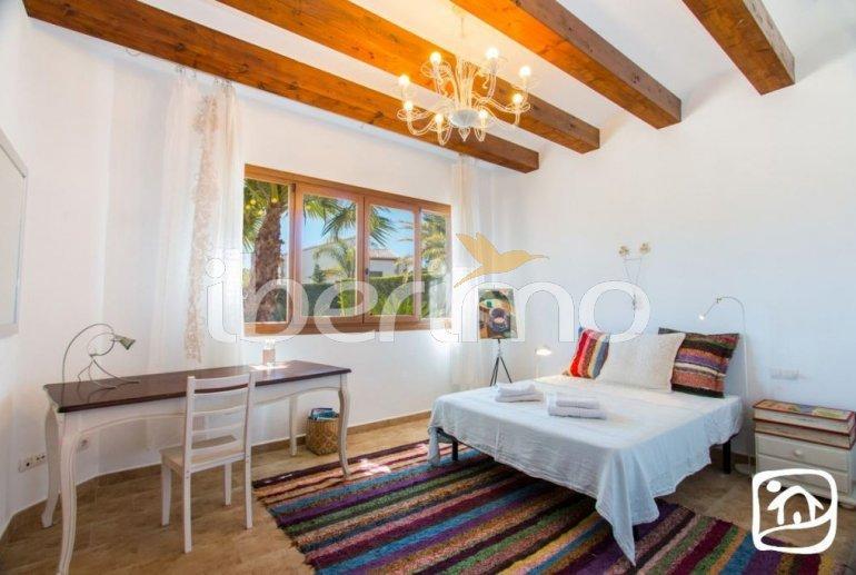 Villa  en Javea  para 9 personas con piscina privada, aire acondicionado e internet  p27