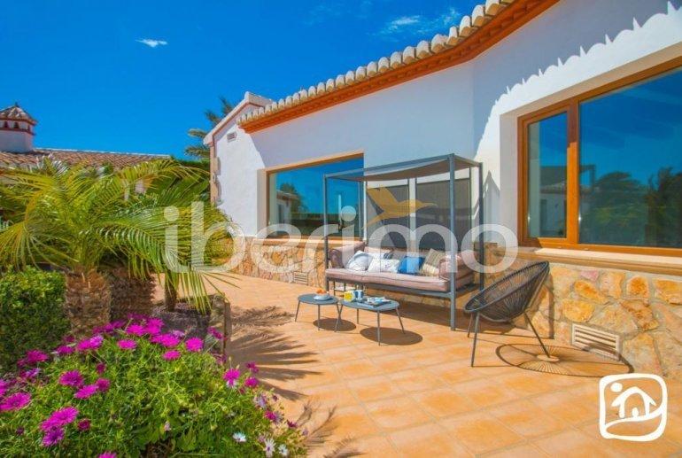 Villa  en Javea  para 9 personas con piscina privada, aire acondicionado e internet  p31
