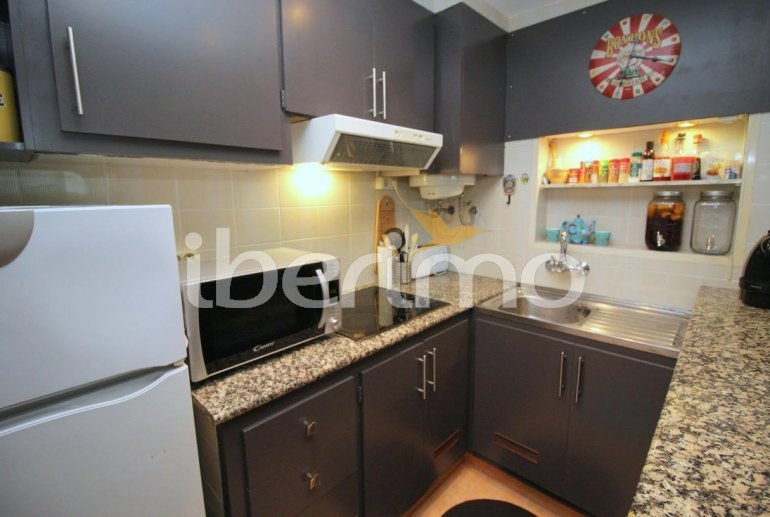 Flat  in L'Escala  for 4 people with communal pool, air conditioning and near sea  p9