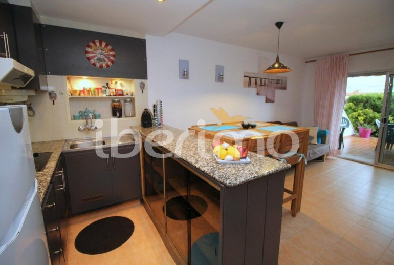 Flat  in L'Escala  for 4 people with communal pool, air conditioning and near sea  p8