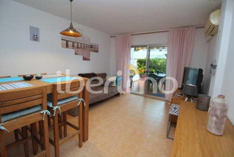 Flat  in L'Escala  for 4 people with communal pool, air conditioning and near sea  p5