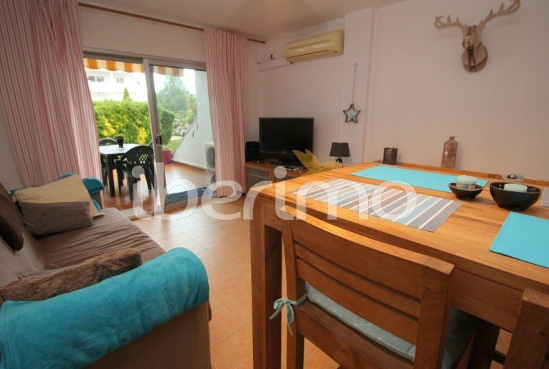 Flat  in L'Escala  for 4 people with communal pool, air conditioning and near sea  p6