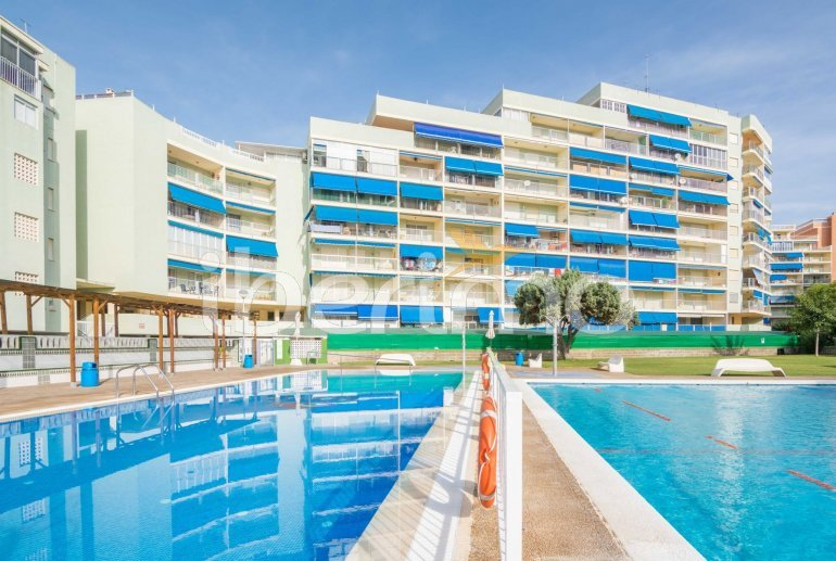 Apartment  in Oropesa del Mar  for 6 people with communal pool, parking and near sea  p3