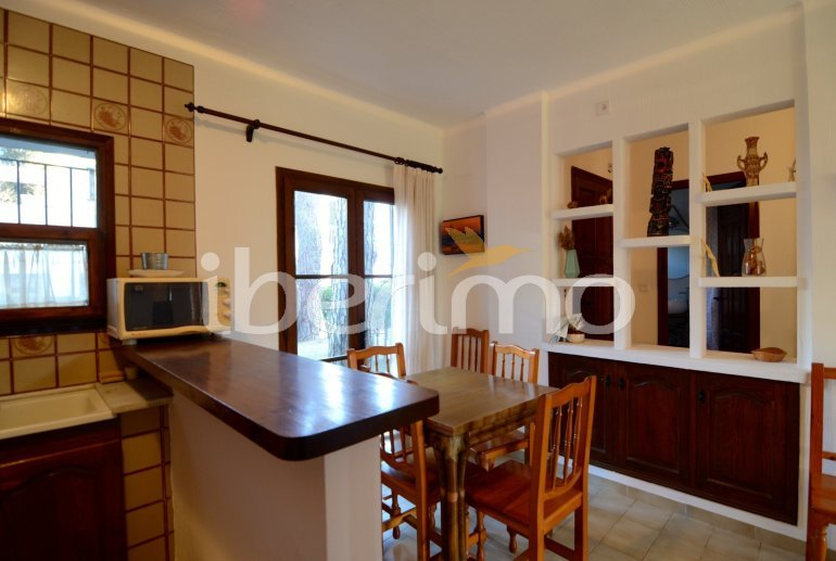House   Pals 6 persons - comunal pool p12
