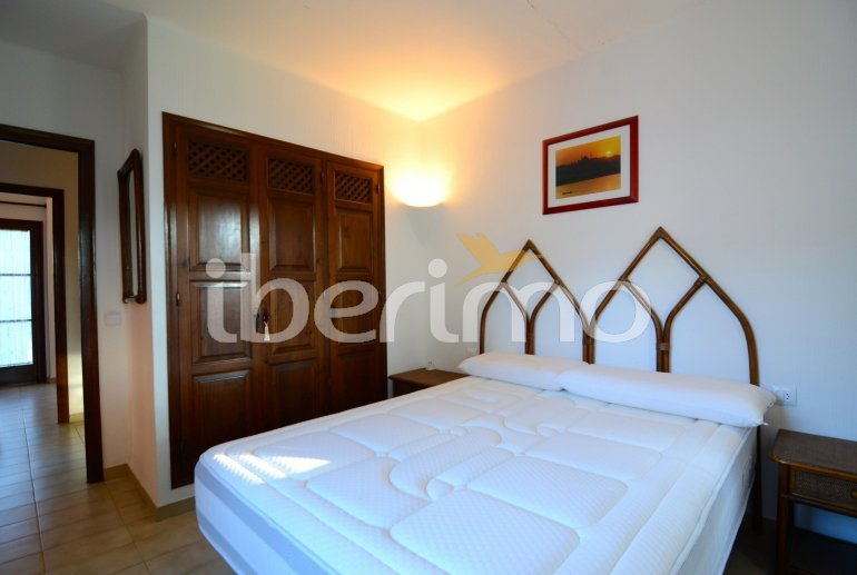 House   Pals 6 persons - comunal pool p18