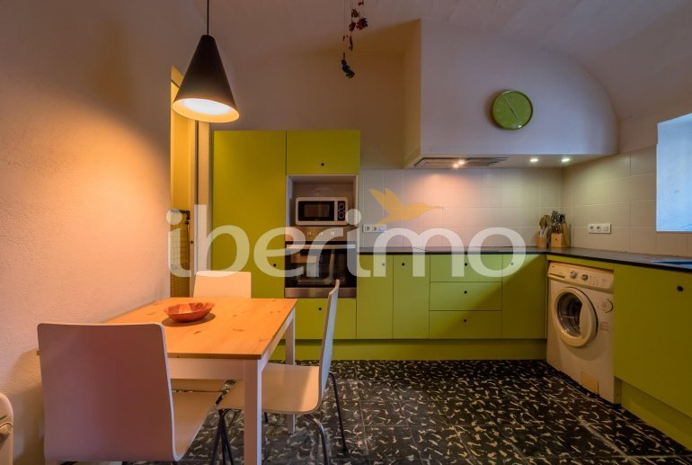 House  in Begur  for 6 people with parking in the property  p2