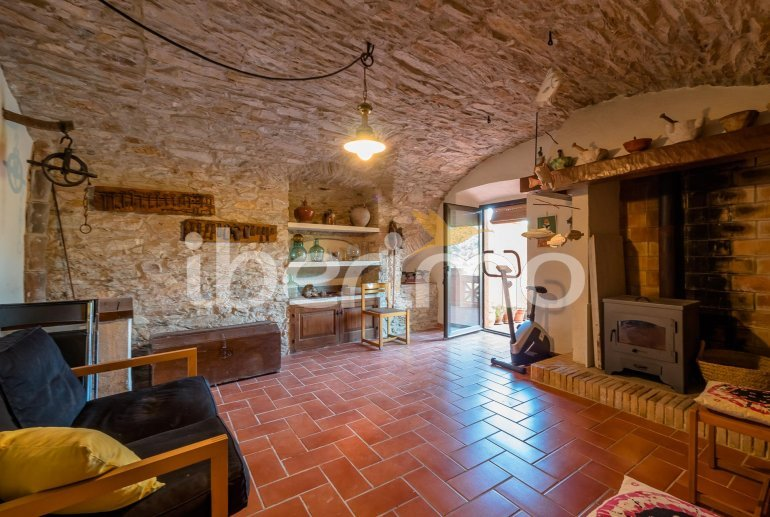 House  in Begur  for 6 people with parking in the property  p5