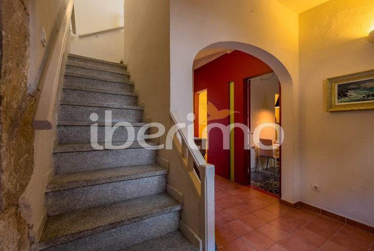 House  in Begur  for 6 people with parking in the property  p6