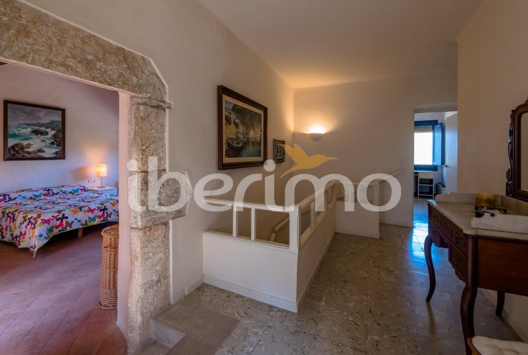 House  in Begur  for 6 people with parking in the property  p8