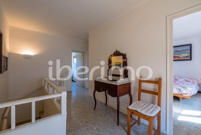 House  in Begur  for 6 people with parking in the property  p9