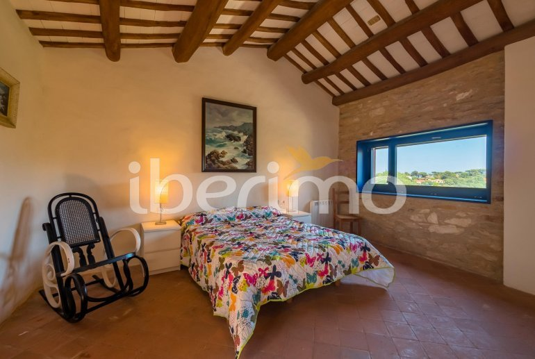 House  in Begur  for 6 people with parking in the property  p10