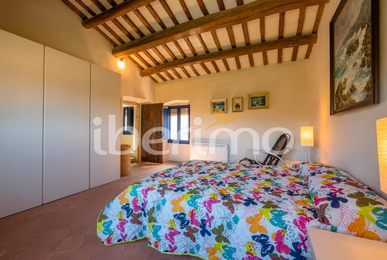 House  in Begur  for 6 people with parking in the property  p11