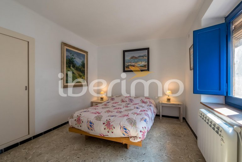 House  in Begur  for 6 people with parking in the property  p14