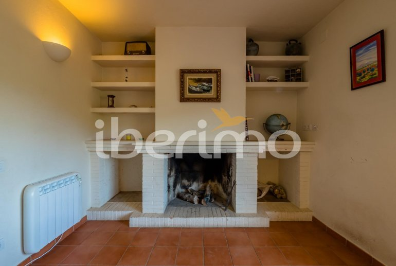 House  in Begur  for 6 people with parking in the property  p30