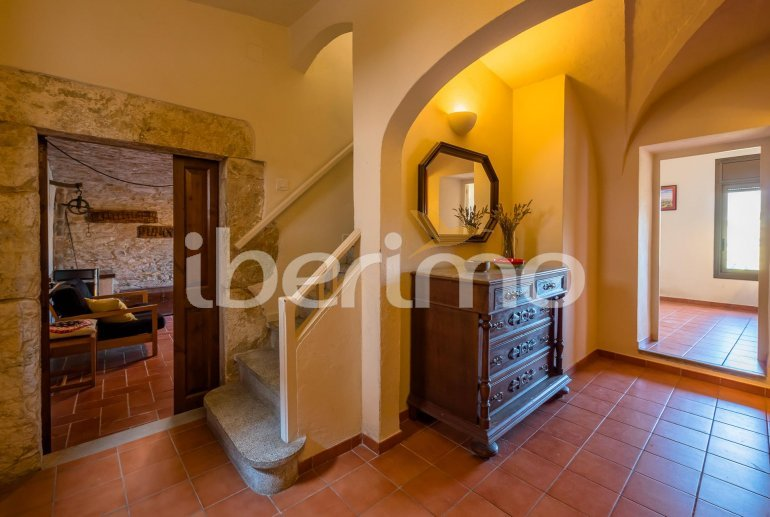 House  in Begur  for 6 people with parking in the property  p31