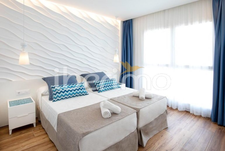 Apartment  in Alcossebre  for 4 people in a hotel complex with shared swimming pool on the seafront and adapted for reduced mobility  p10