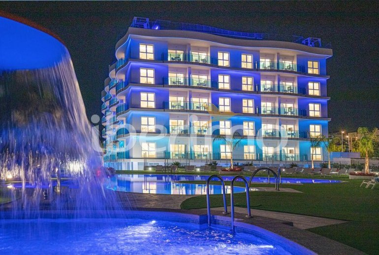 Apartment  in Alcossebre  for 4 people in a hotel complex with shared swimming pool on the seafront and adapted for reduced mobility  p4