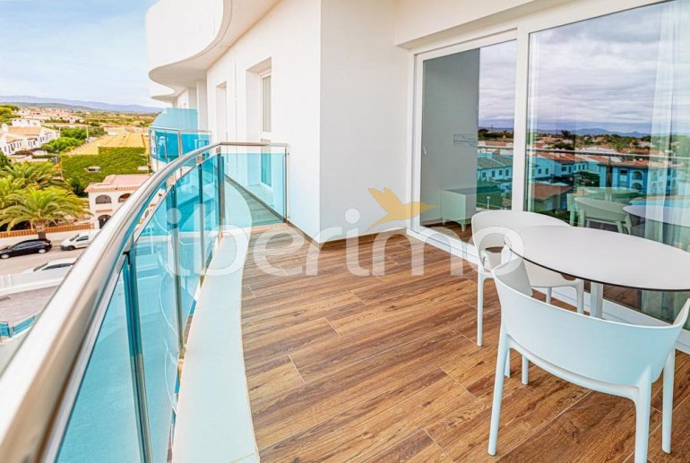Apartment  in Alcossebre  for 5 people in a hotel complex with communal swimming pool on the seafront  p5
