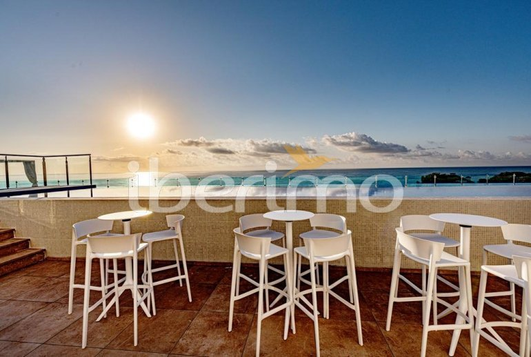 Family apartment  in Alcossebre  for 5 people in a hotel complex with communal pool and direct sea view  p22