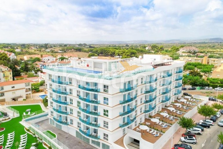 Family apartment  in Alcossebre  for 5 people in a hotel complex with communal pool and direct sea view  p37