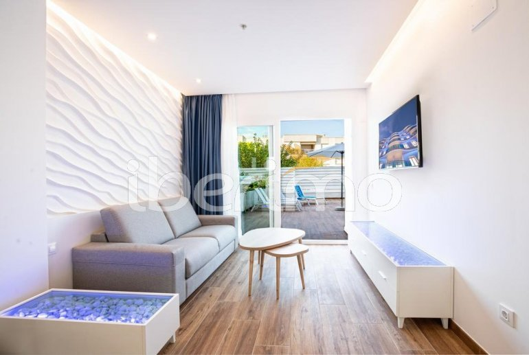 Apartment  in Alcossebre  for 5 people in a hotel complex with communal pool, large terrace and seafront  p9