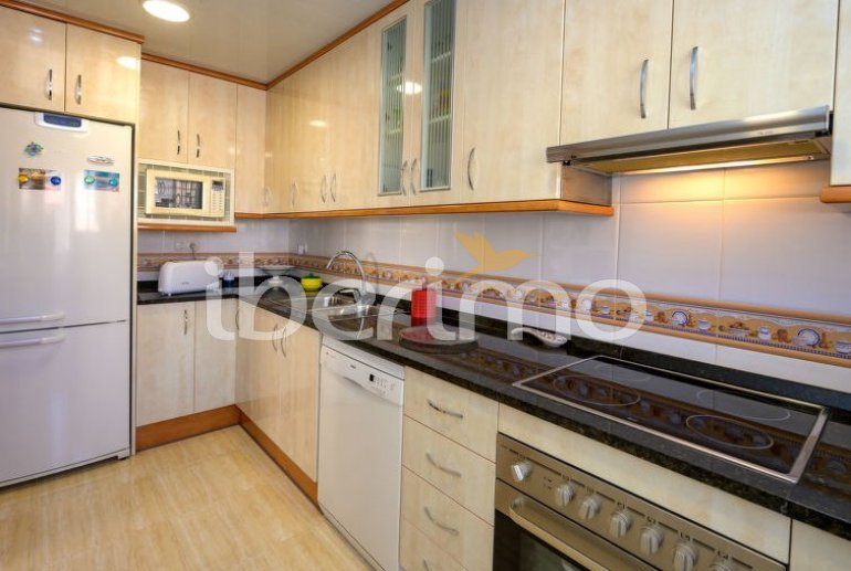 Flat   Cunit 6 persons - sea view p5
