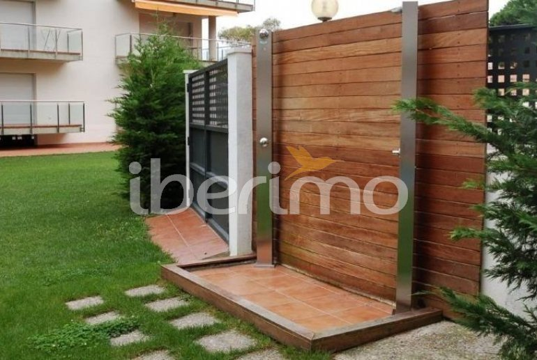 Flat   Rosas 6 persons - comunal pool and air conditioning p11