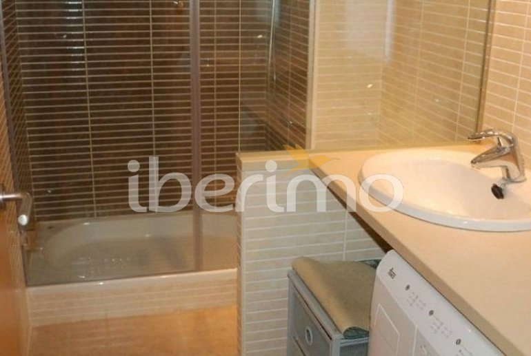 Flat   Rosas 6 persons - comunal pool and air conditioning p9