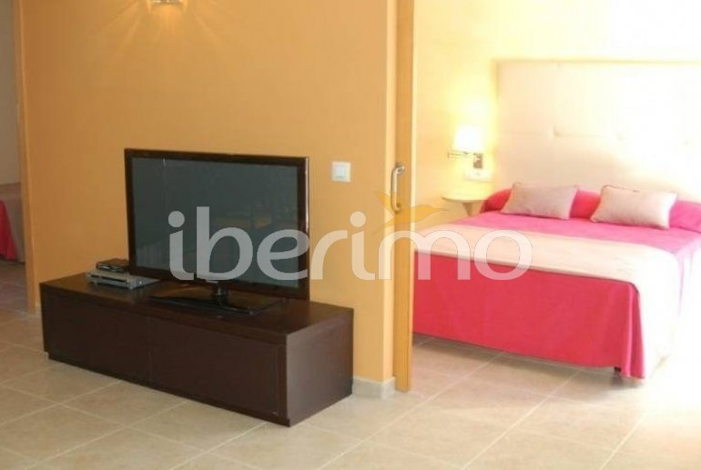 Flat   Rosas 6 persons - comunal pool and air conditioning p6