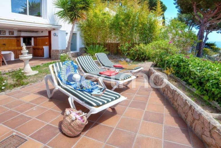 House   Blanes 6 persons - private pool p22