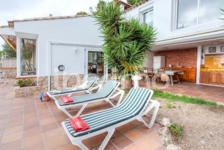 House   Blanes 6 persons - private pool p4