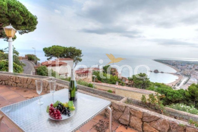 House   Blanes 6 persons - private pool p6
