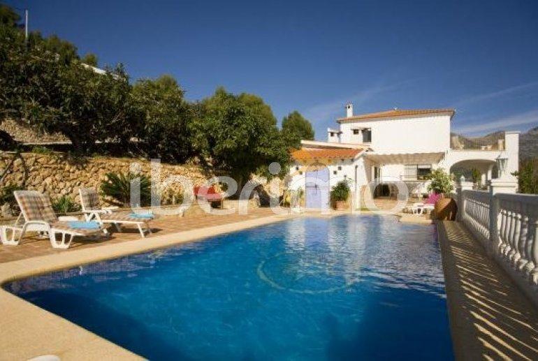 House   Callosa d´En Sarria - Confrides 8 persons - private pool p0