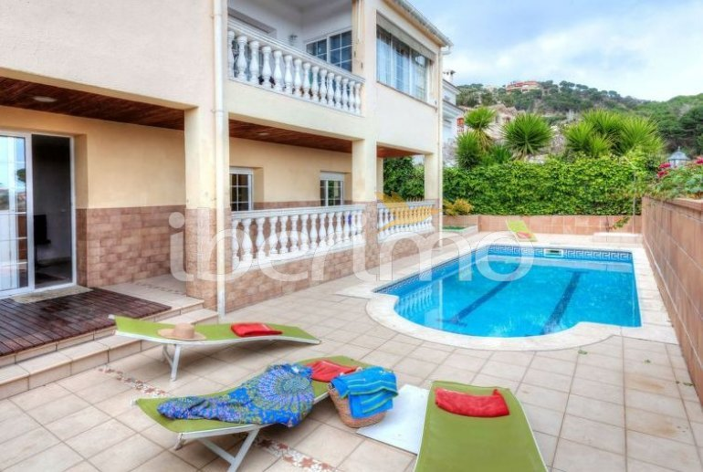 House   Lloret del Mar 14 persons - private pool p2