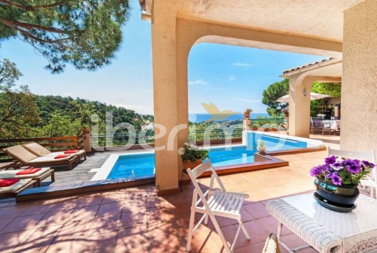 House   Lloret del Mar 10 persons - private pool p3